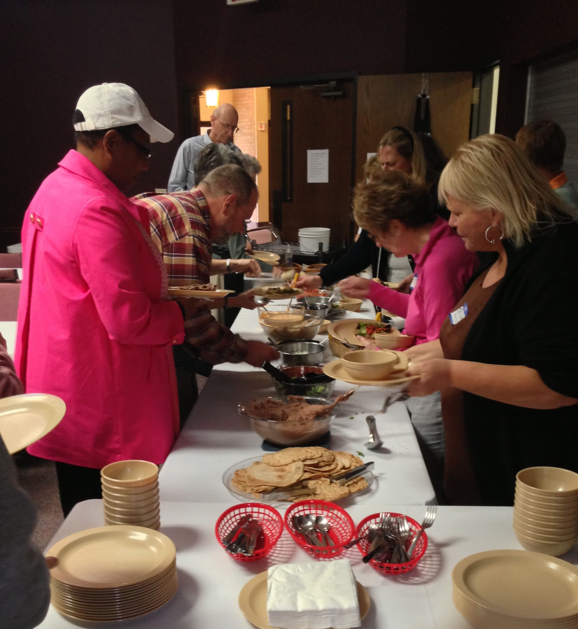 Guests-Getting-Food-at-Our-Five-Day-Health-Seminar-at-Lady-Lake-Florida-compressor